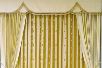 Reliable Curtain Fitters At Curtains Galore In Farnborough