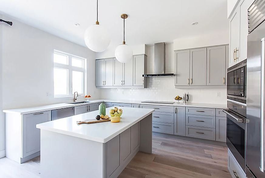 Flat Gray Shaker Prefabricated Cabinets | Gallery Home Design