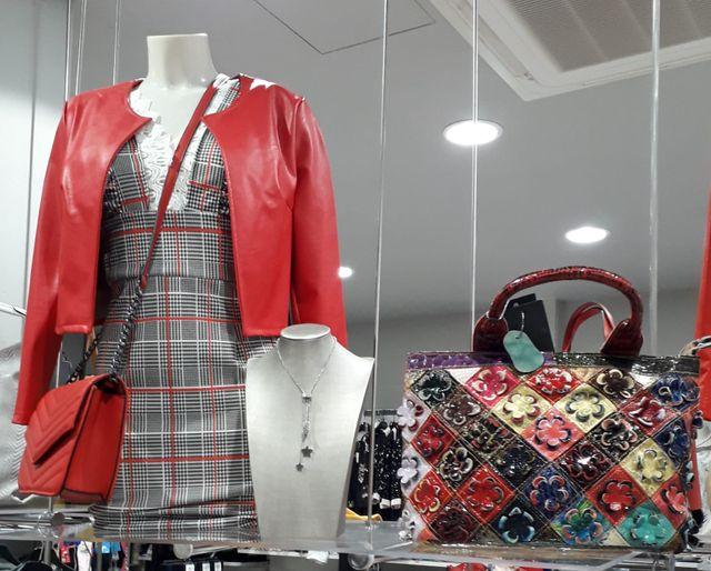 Borse Abbigliamento, vestiti e accessori di moda ad Arezzo