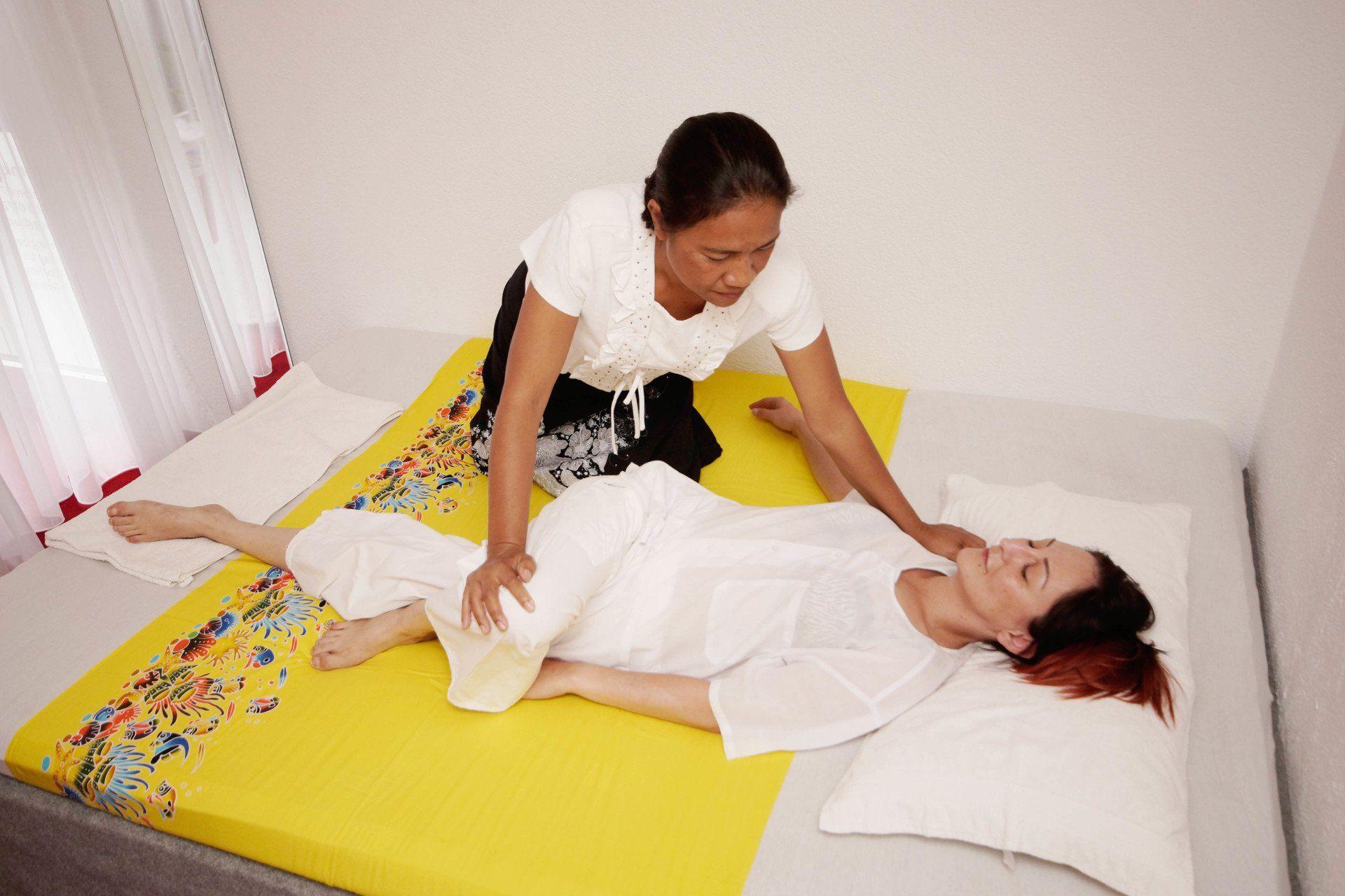 Thaimassage | Fußmassage | Saphan