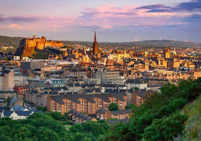 Roofers In The Edinburgh Area