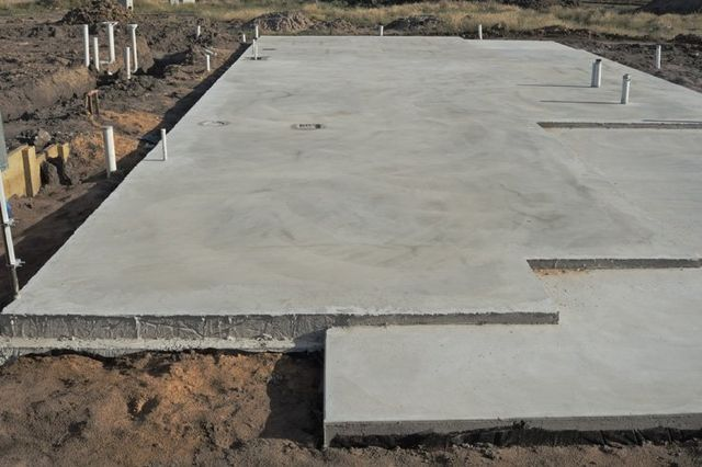 When To Fix And Replace Concrete Slabs
