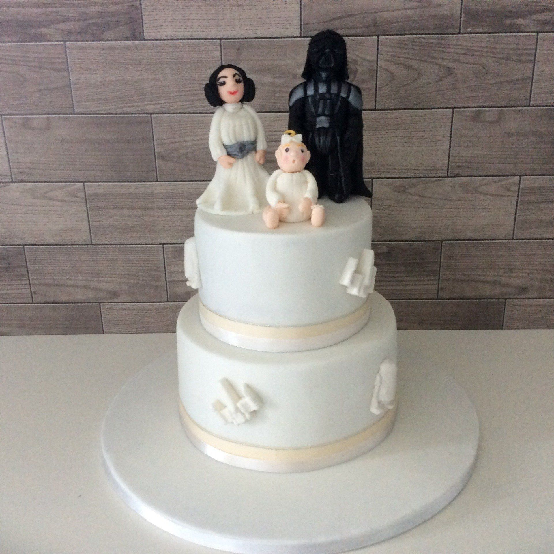 Wedding Cakes Belfast: Delectable Wedding Cakes In Lisburn And Belfast