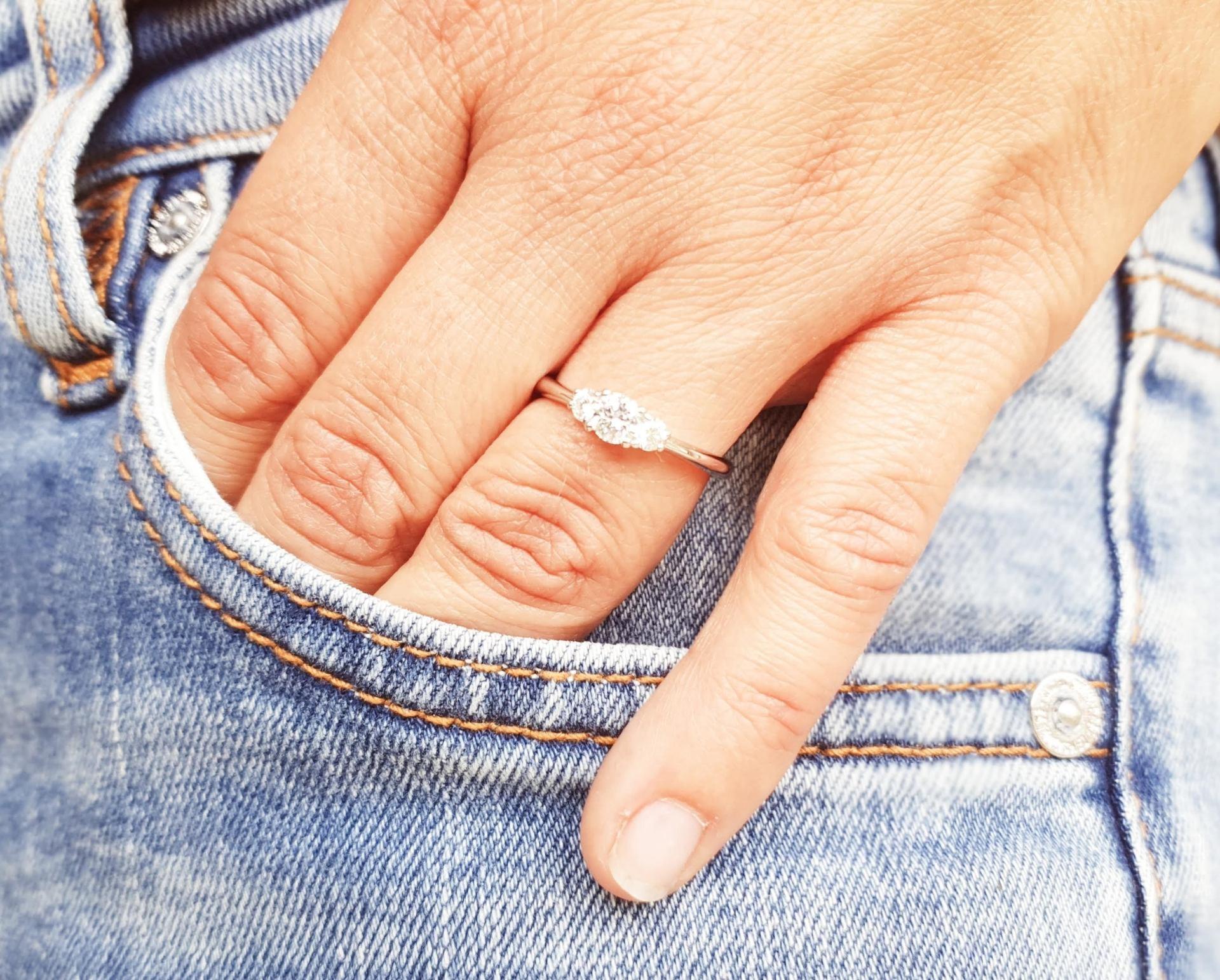 Ein Steiniger Ring