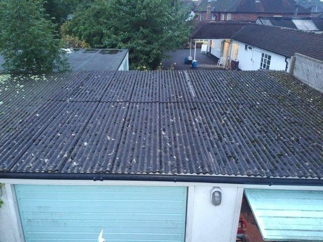 How To Treat Your Old Asbestos Roof In The Best Manner