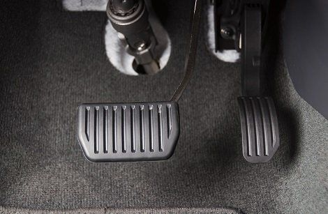 4 Reasons Why Your Brake Pedal May Go Down To The Floor