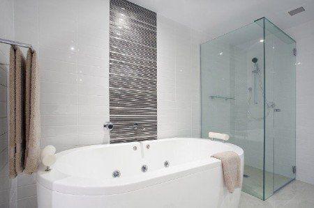5 Ways To Revamp Bathroom Suites In East Dulwich