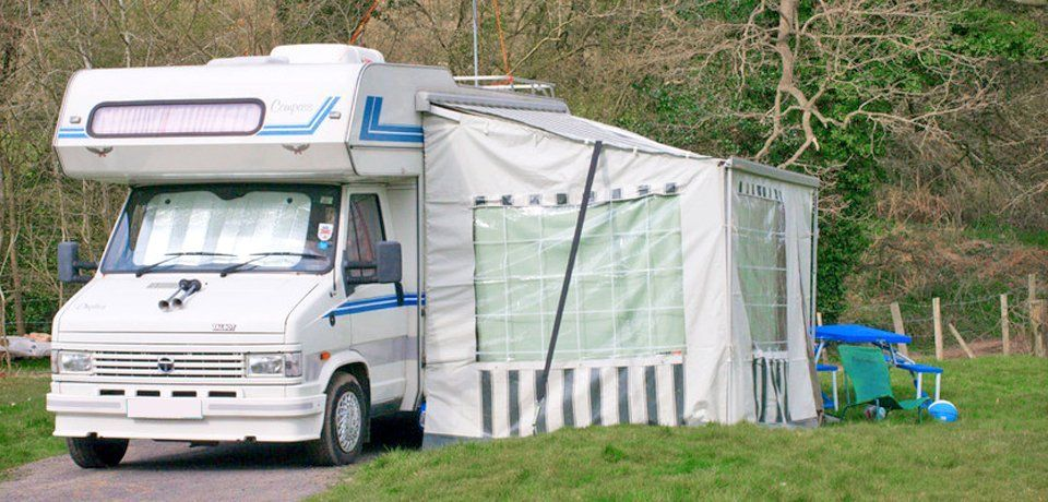 Broken Tent Call Us For Speedy Repairs In The Botlon Area