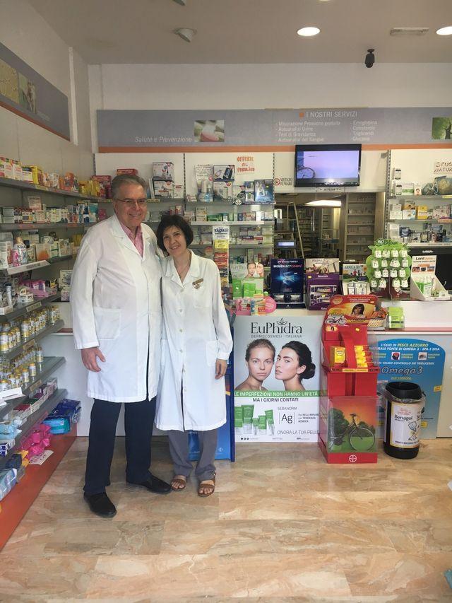 Erboristeria Milano Mi Farmacia Canossa Dr Ferraresi
