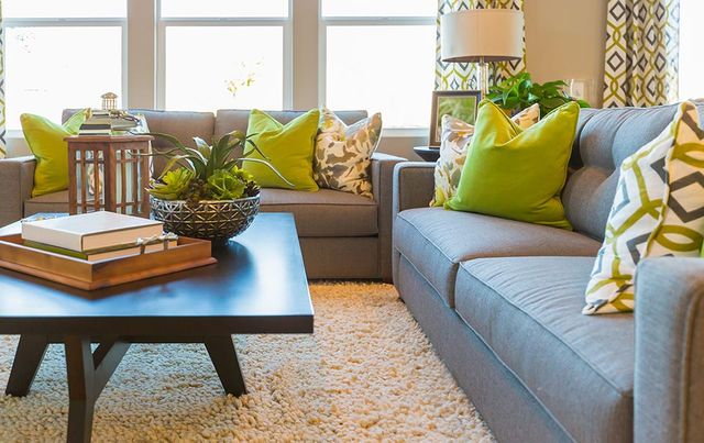Modern Vs Contemporary Furniture Style