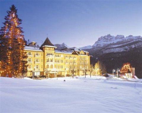 Bond Hotel Miramonti