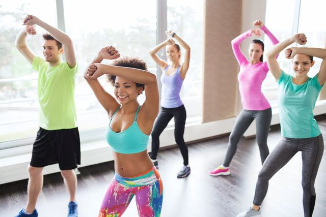 Bekämpfen Sie Schlaffheit nach dem Abnehmen tanzen