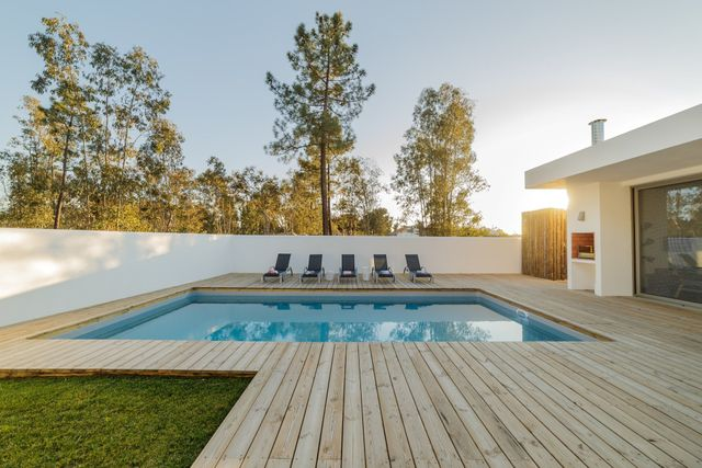 How To Calculate And Plan For Your Pool Deck Resurfacing Cost