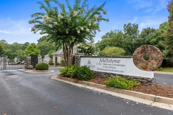 Millstone Townhomes Huntington Apartment Homes
