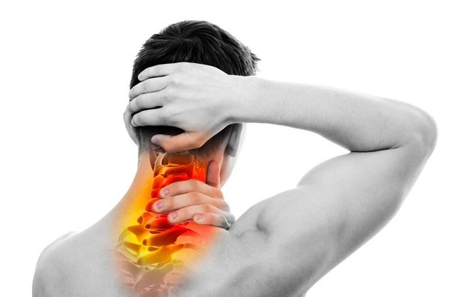 Neck Pain in the Winter? Cervical Spondylosis Signs & Treatment
