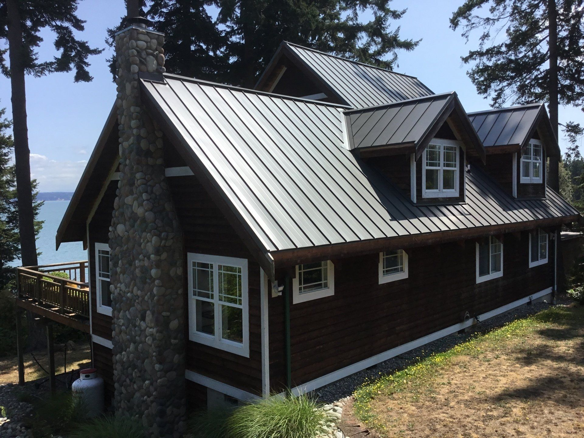Seattle S Best Roof Interlock 174 Metal Roofing