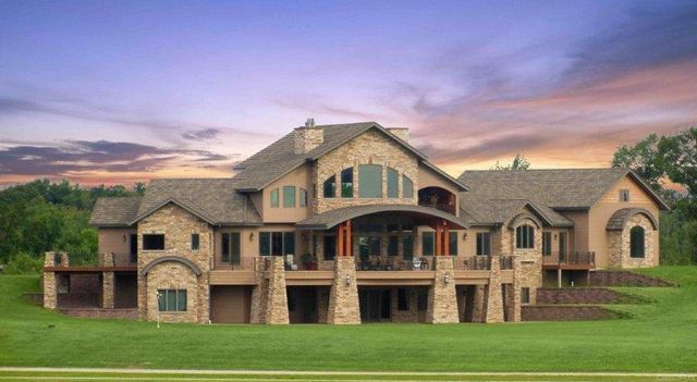 Strength And Beauty For All Styles With Stone Coated Metal Roofing
