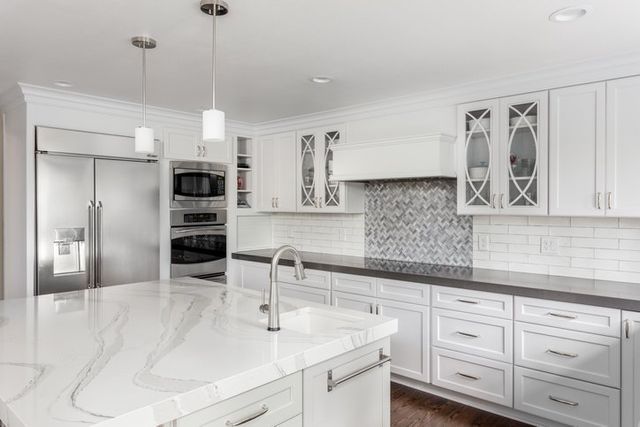 What S The Right Cabinetry For Your Burlington Kitchen