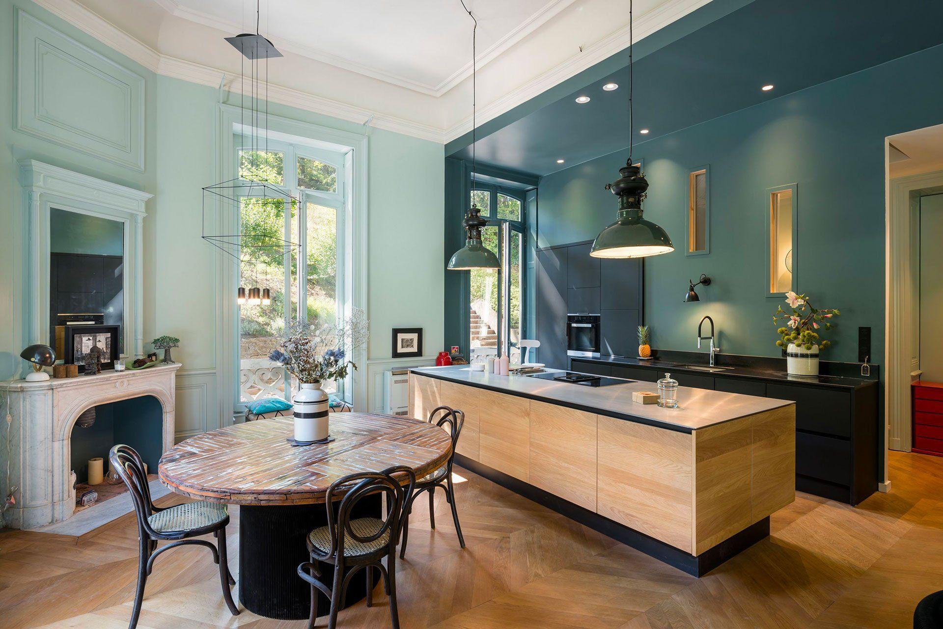 Rénovation de la cuisine d'un appartement à Lyon par l'agence Synesthésies